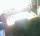 Gleißendes Licht hinter Schreibtisch